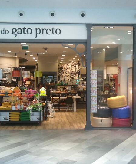 thumbnail: A Loja do Gato Preto